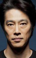 Фотография актера Синъити Цуцуми
