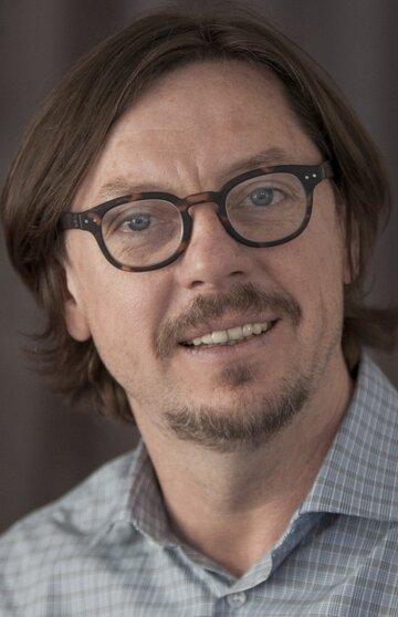 Дмитрий Бон