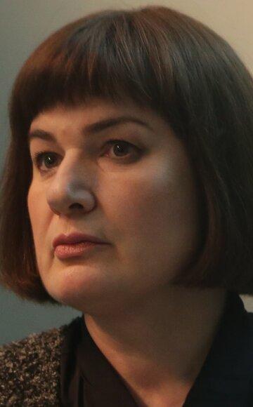 Елена Праздникова