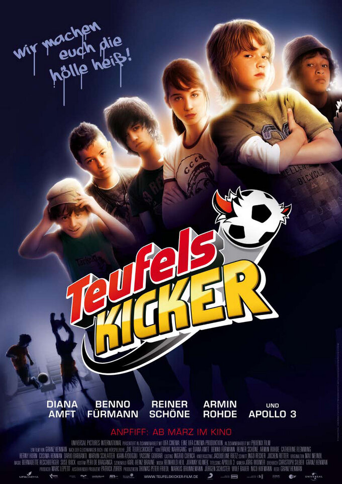 Смотреть фильм Чертовы футболисты 2010
