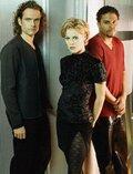 Трое (сериал, 2 сезона) (1998) — отзывы и рейтинг фильма