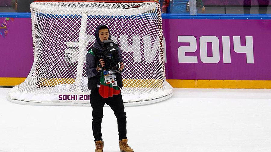 Съемка финального матча по хоккею / Фото из личного архива Максима Арбугаева