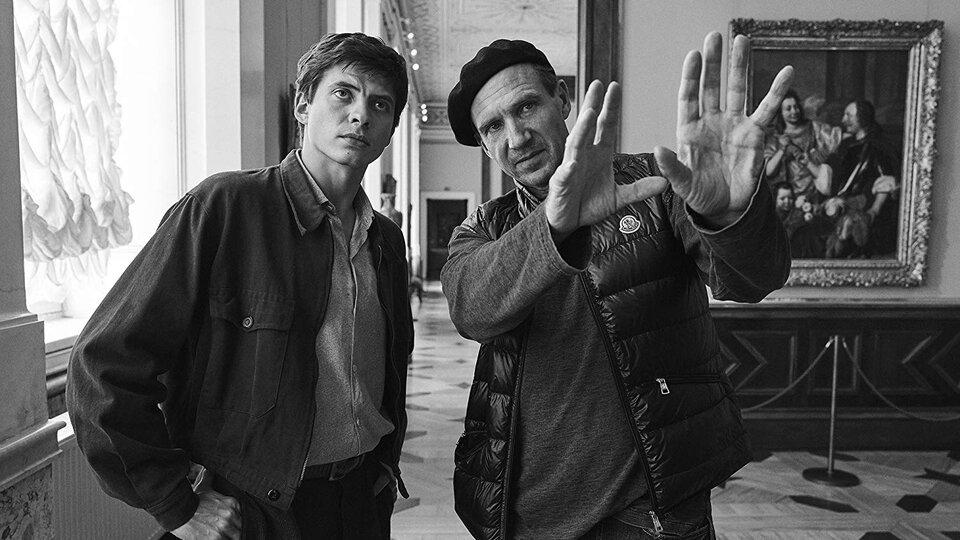 Рэйф Файнс и Олег Ивенко на съемках фильма «Нуреев. Белый ворон»