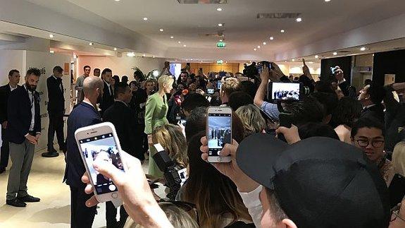 Суинтон после пресс-конференции была нарасхват / Фото: КиноПоиск