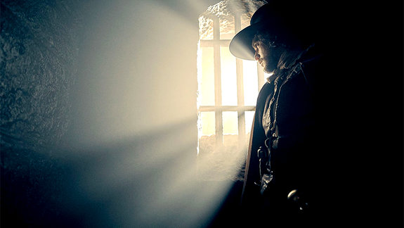 Помню не зря пятый день ноября: Кит Харингтон в сериале «Порох»