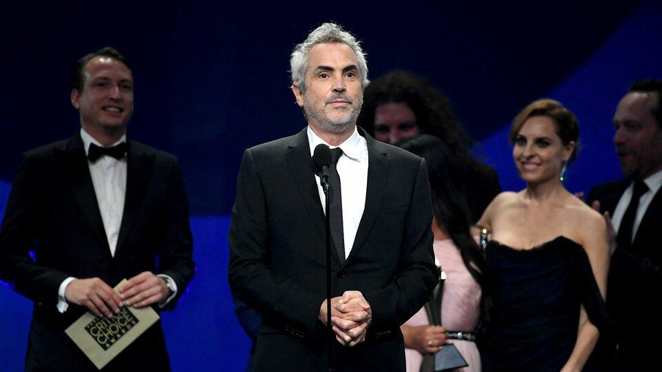 Альфонсо Куарон, актеры исоздатели фильма «Рома» / Фото: Getty Images