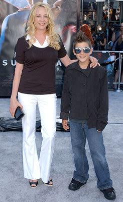 Вирджиния Мэдсен с сыном