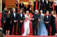 Жюри Каннского кинофестиваля во главе с Педро Альмодоваром / Фото: Getty Images