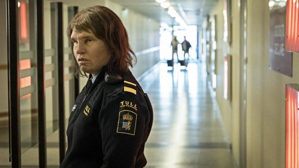Фильм про девушку полицейскую работа картинки девушки на работе