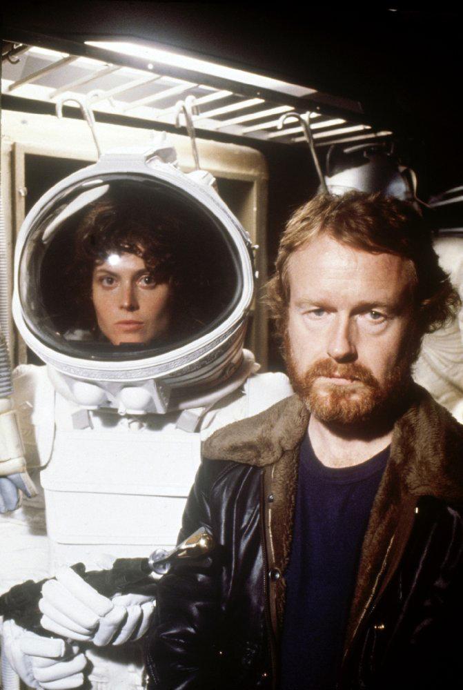 Ридли Скотт и Сигурни Уивер на съемках фильма «Чужой»