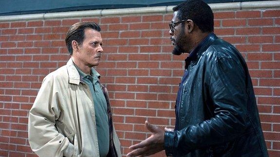 На Джонни Деппа подали в суд за конфликт на съемках «Города лжи»