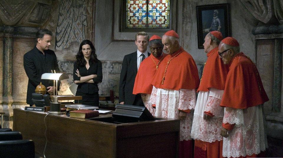 Кадр из фильма «Ангелы идемоны»