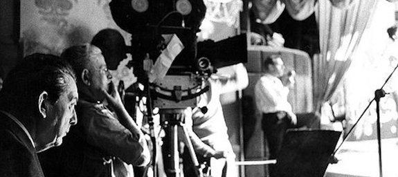 Льюис Майлстоун насъемках фильма «Одиннадцать друзей Оушена»