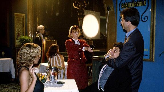 Кадр из фильма «Тотальная слежка», 1991 год