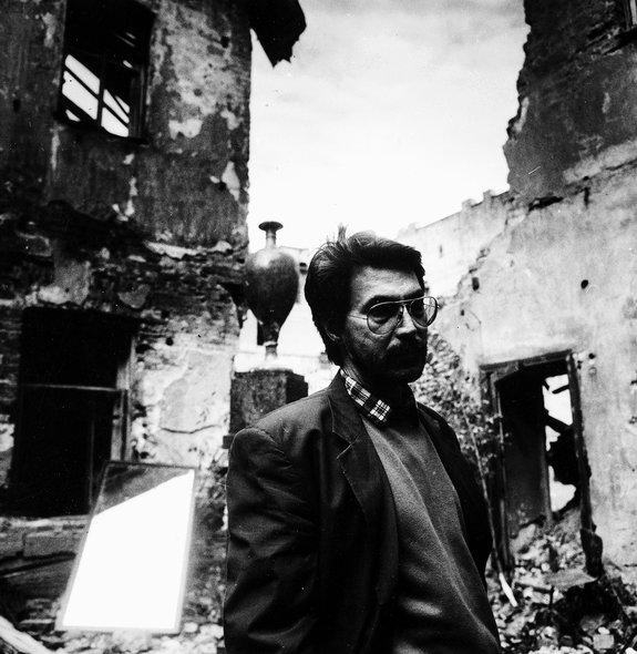 Рустам Хамдамов насъемках фильма «Анна Карамазофф». 1989год / Фото: Самоэль Кацев