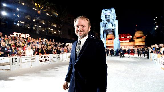 Райан Джонсон: «У Чубакки не будет любовной сцены с R2-D2»