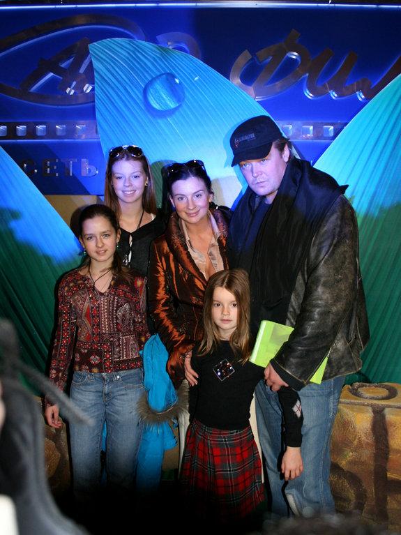 семья Стриженовых