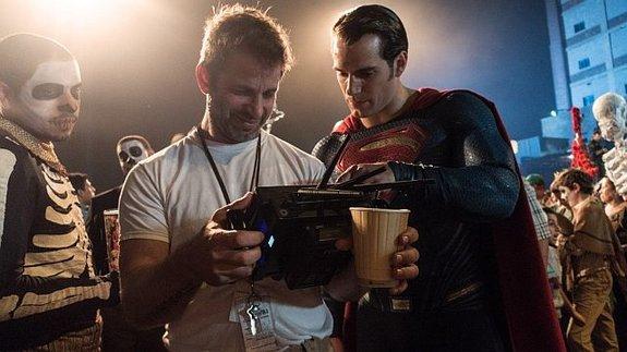 Насъемках фильма «Бэтмен против Супермена: На заре справедливости»