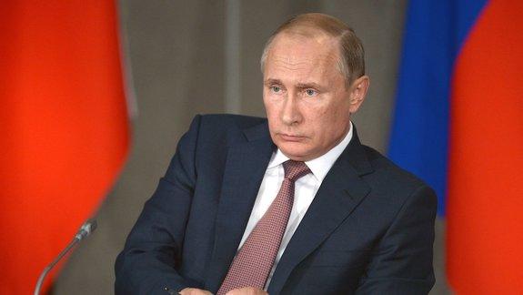 «Путин — новый царь»