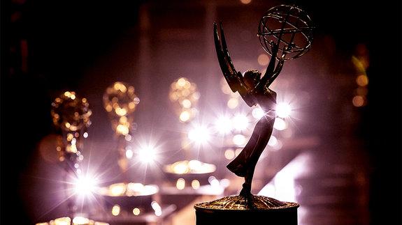 Под телевизионным оком богини: Всё о премии «Эмми»