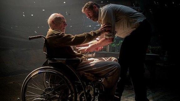 Патрик Стюарт и Хью Джекман в«Логане»