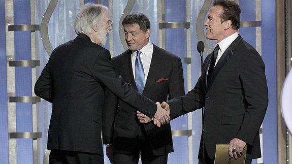 Другой хэппи энд: Ханеке получает «Золотой глобус» отСталлоне иШварценеггера / Фото: Getty Images