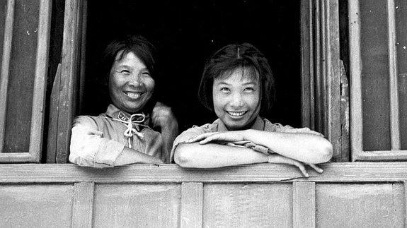 Слева — Лань Пин, актриса, четвертая жена Мао Дзэдуна / Фото: Getty Images