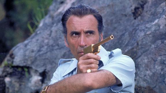 «Человек с золотым пистолетом»