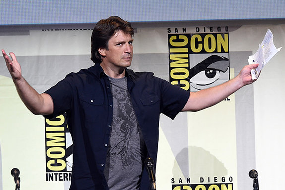 Нэйтан выступает на главном Comic Con в Сан-Диего / Фото: Getty Images