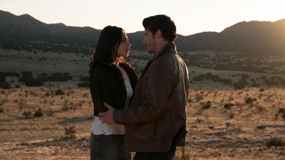Розуэлл, Нью-Мексико (1 сезон 1-11 серия)
