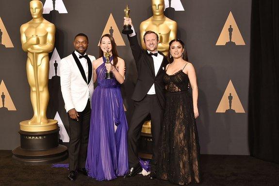 Дэвид Ойелоуо, Джоанна Натасегара, Орландо фон Айнсидель и Сальма Хайек / Фото: Getty Images