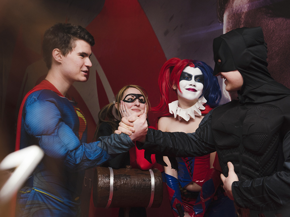 «Бэтмен против Супермена»: Cхватка двух ёкодзун