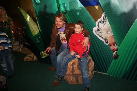 Егор Позенко с сыном