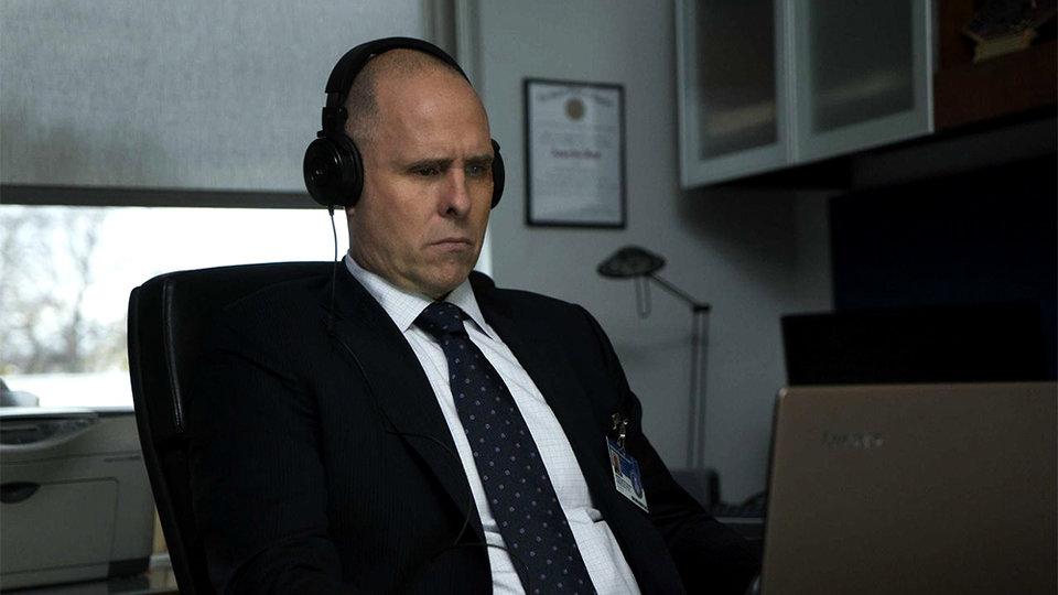Пол Шульц в роли Уильяма Ролинса в сериале «Каратель» (2017)