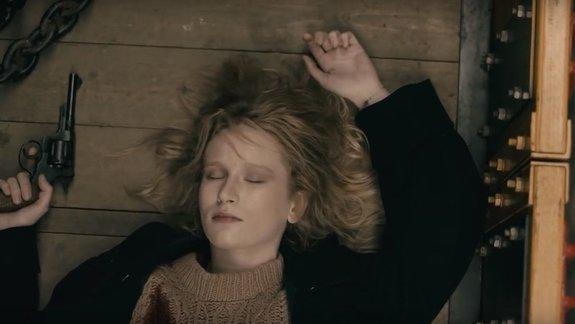 Сценарист «Лета» снял новый клип на песню певицы Монеточки