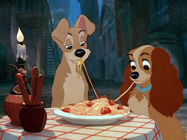 Кадр из мультфильма «Леди и бродяга»