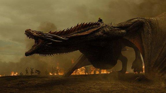 Канал HBO показал видео о съемках нападения дракона в «Игре престолов»
