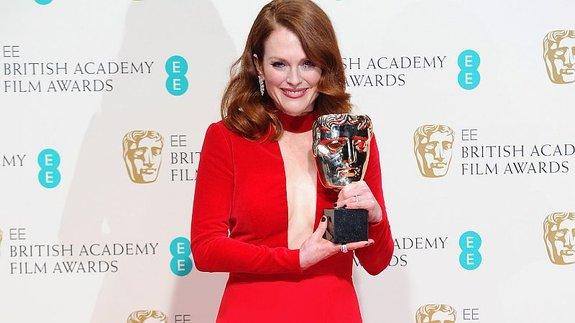 В 2015-м Джулианна Мур получила BAFTA в платье от Форда / Фото: Getty Images