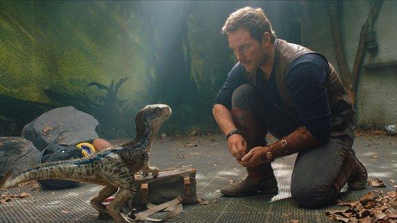 Мировой бокс-офис: Динозавры доминируют на планете