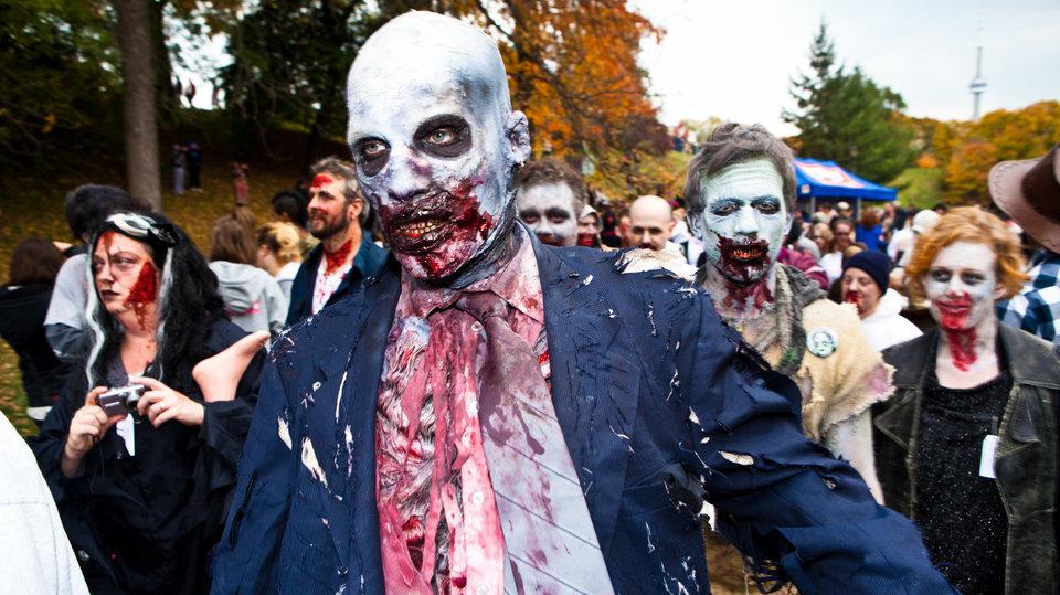 Зомби-парад в Торонто в 2010 году
