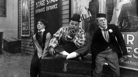 «Картина дня» 100 лет назад: Чаплин, Китон иоскорбление чувств верующих