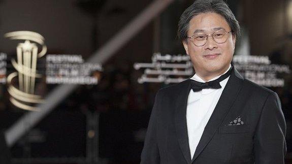 Пак Чхан Ук снимет фильм по роману «Орган геноцида»