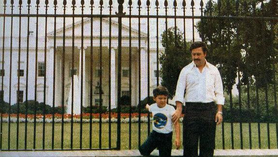 Фото из личного архива Паблор Эскобра: наркобарон на фоне Белого дома