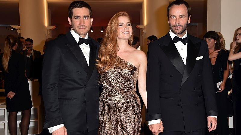 Джилленхол, Адамс и Форд на премьере фильма в Венеции / Фото: Getty Images