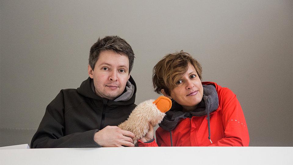 Антон Уткин и Наталья Покровская на съемках сериала «Все сложно» / Фото: Ксения Угольникова