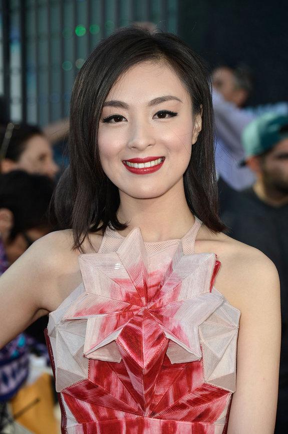 Сара Ли
