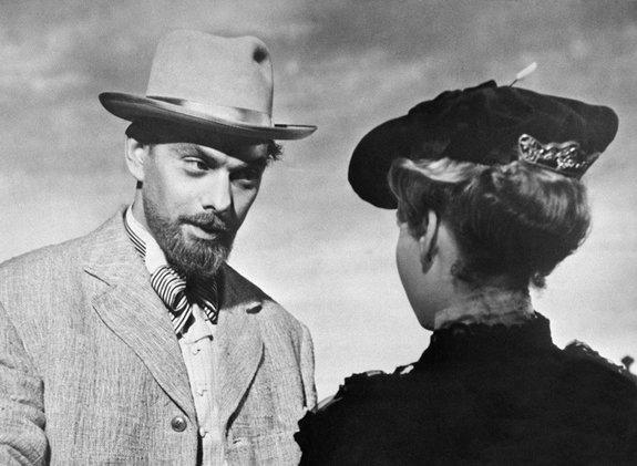 Кадр из фильма «Дама с собачкой» (1960)