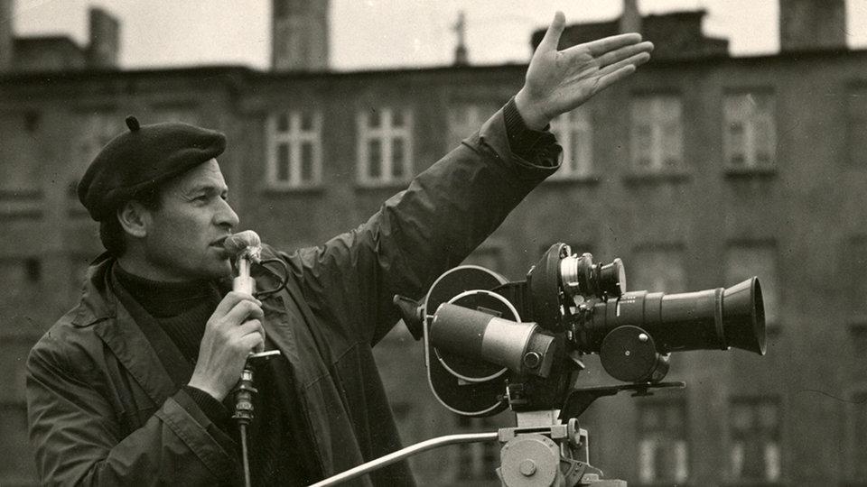 Владимир Мотыль на съемках фильма «Лес»