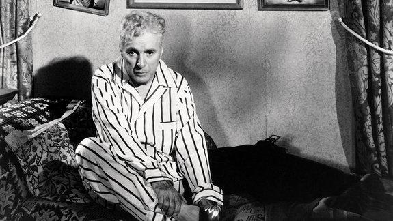 «Нам ненужны его деньги»: Отрывок изкниги об«Огнях рампы» Чарли Чаплина