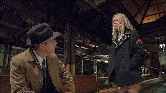 Кадр из фильма «Американская пастораль»